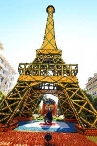 "Лимонный фестиваль ""Цитрон"" во Франции"