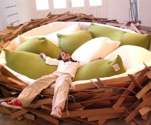 Кровать в виде птичьего гнезда