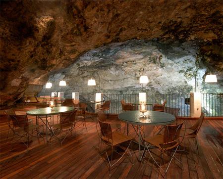 Ресторан в пещере, романтика