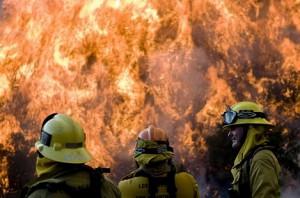 В Брюсселе сожгли шиитскую мечеть, погиб имам. Огонь, пожар