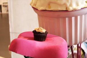 Велосипед-вкусняшка из сладостей
