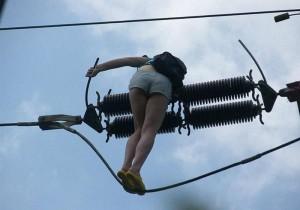 Прогулка по высоковольтным проводам под дурманом