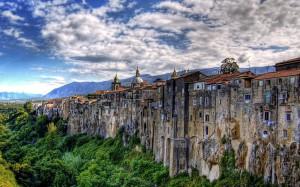 Привлекательный итальянский городок - Сант'Агата-де'-Готи
