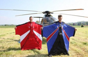 Опасный прыжок с высоты 700 метров без парашюта