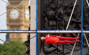 Каскадеры на улицах Лондона