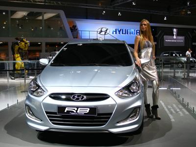 Московский автосалон 2012: рекордное количество премьер автомобилей и новые gsm-сигнализации