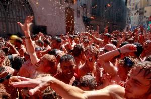 В Испании прошла традиционная томатная битва