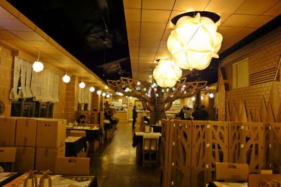 Тайваньский картонный ресторан