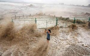 Гигантские приливы на реке Цяньтан
