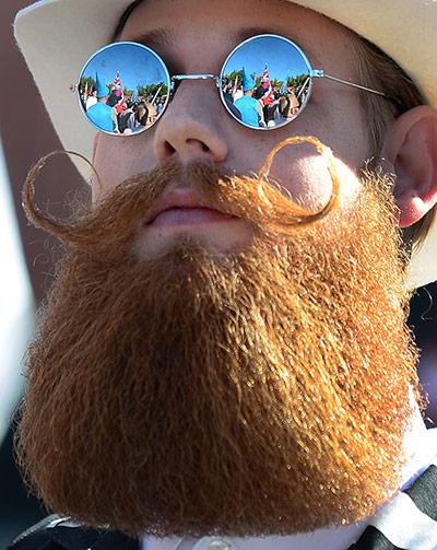 Усачи-бородачи соревновались в Лас-Вегасе