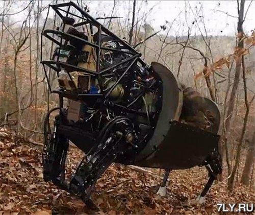 Четвероногий шагающий робот AlphaDog приобрел массу новых возможностей
