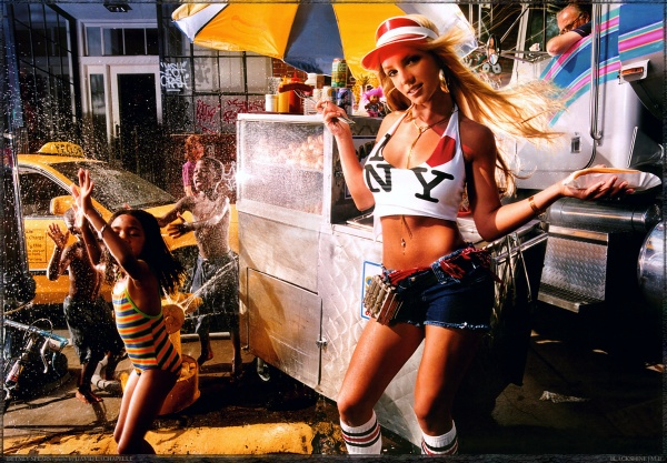6048655-R3L8T8D-600-david-lachapelle-britney-spears_07