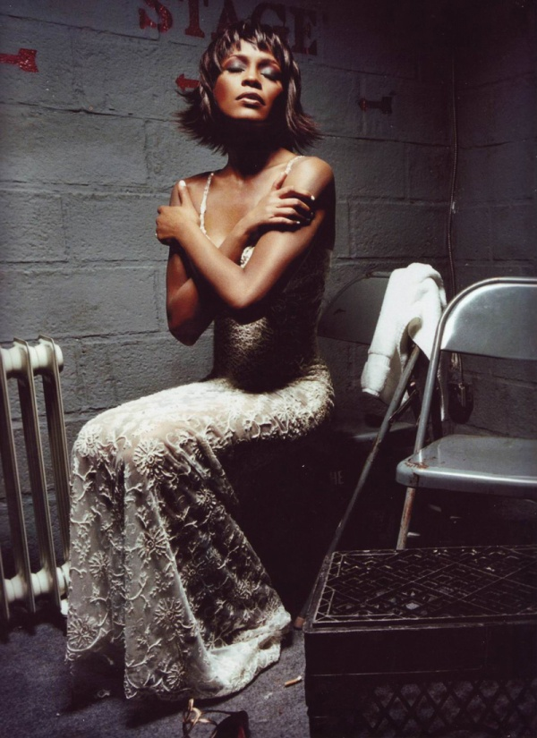 6054455-R3L8T8D-600-Whitney-Houston-David-LaChapelle-00
