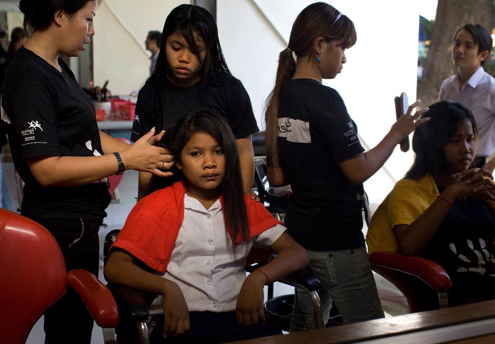 KHM: Cambodia's Homeless on the Streets of Phnom Penh