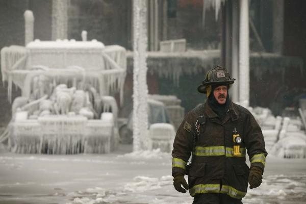 chicago+fire+ice1