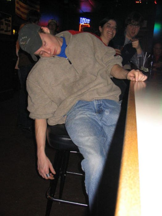 hilarious_drunk_and_wasted_people_39