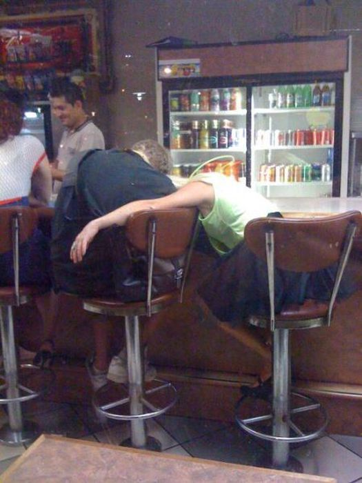 hilarious_drunk_and_wasted_people_62