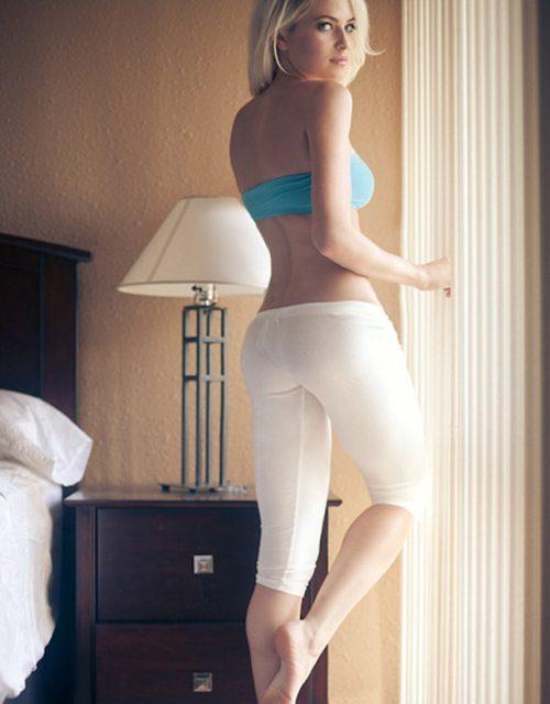 sexy-yoga-pants-32