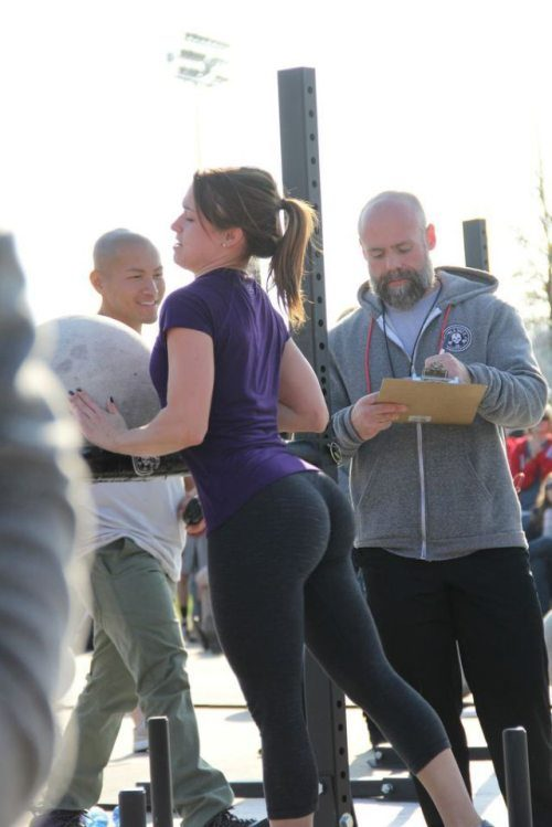 sexy-yoga-pants-35