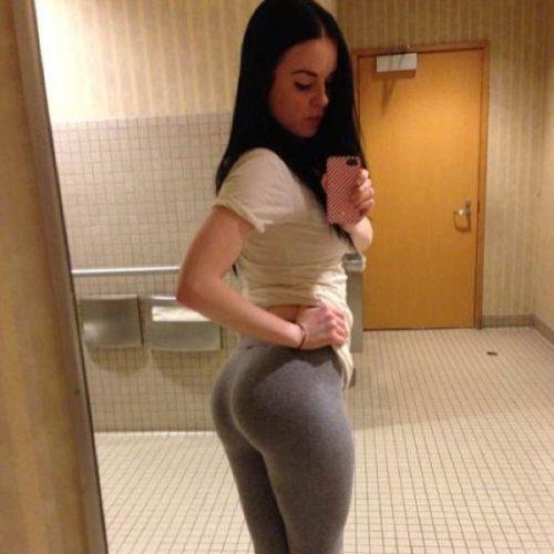 sexy-yoga-pants-48