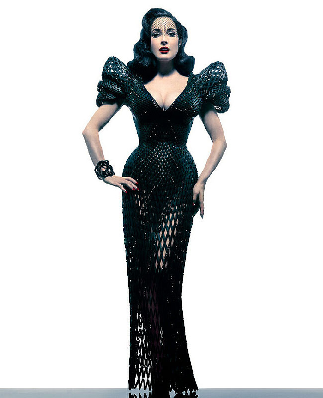 dita-von-teese-3d-dress-3