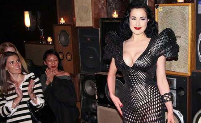 dita-von-teese-3d-dress-5
