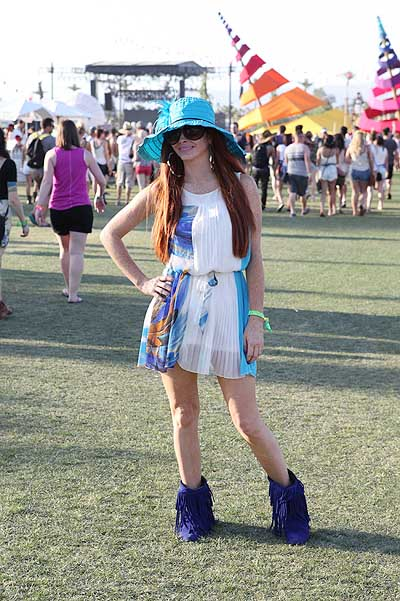 Phoebe Price gets photo bombed at Coachella