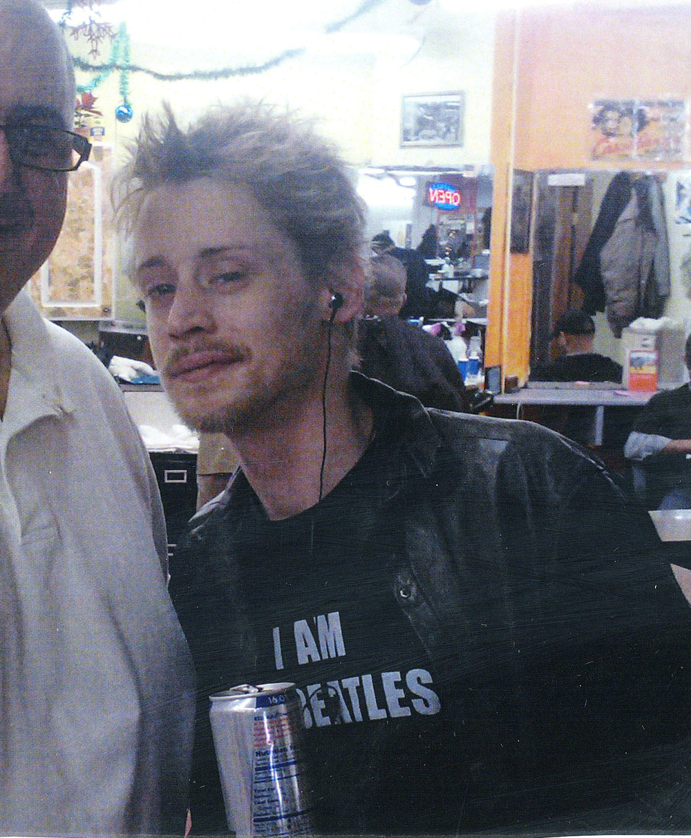 Exclusive... Exclusive... Macaulay Culkin Looking Really Sick In New York City