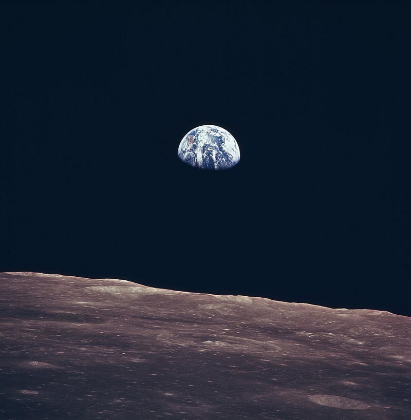 earth-rise-apollo-11-nasa