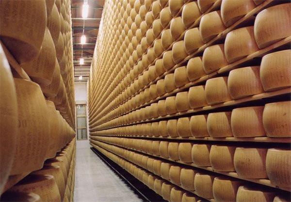 Настоящие сырные банки Италии