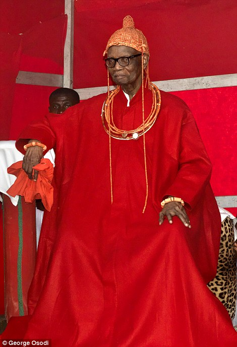 Omo N'Oba N'Edo Uku Akpolokpolo Erediauwa