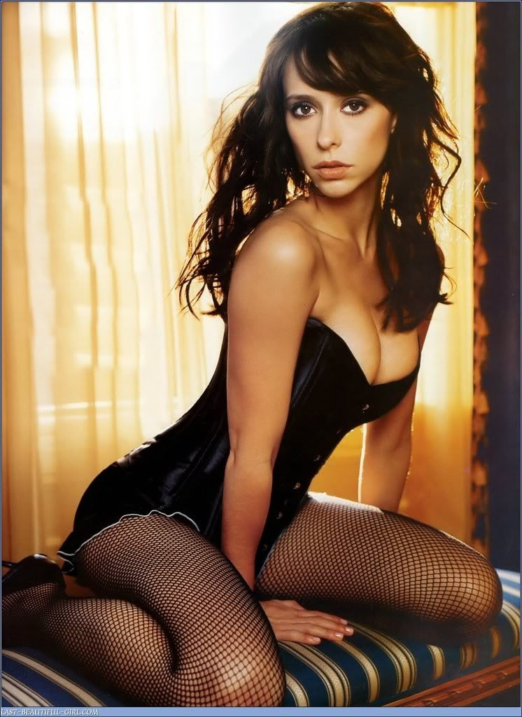 Jennifer-Love-Hewitt-20-14