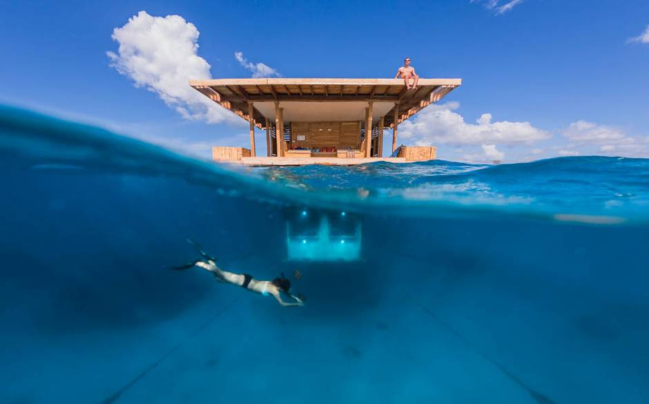 Manta+Underwater+Hotel+Room