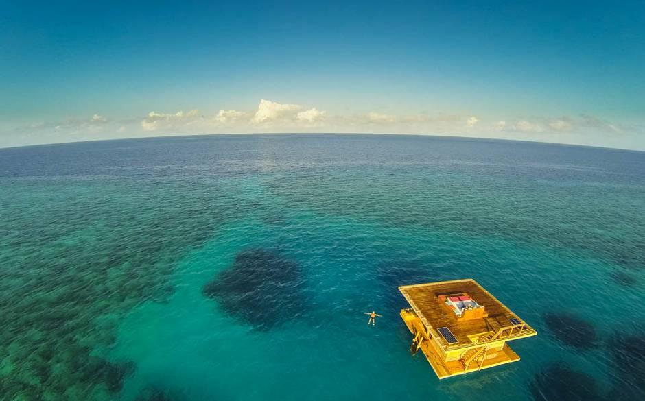 Manta+Underwater+Room