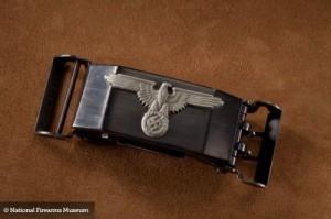 1386171551_pryazhka-pistolet-двуствольная модель