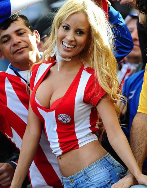 1402565468_futbolnye-bolelschicy-28