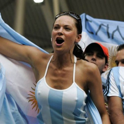 1402565513_futbolnye-bolelschicy-14