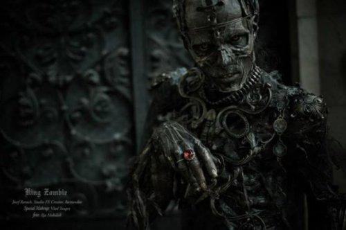 1403801931_kostyum-zombi