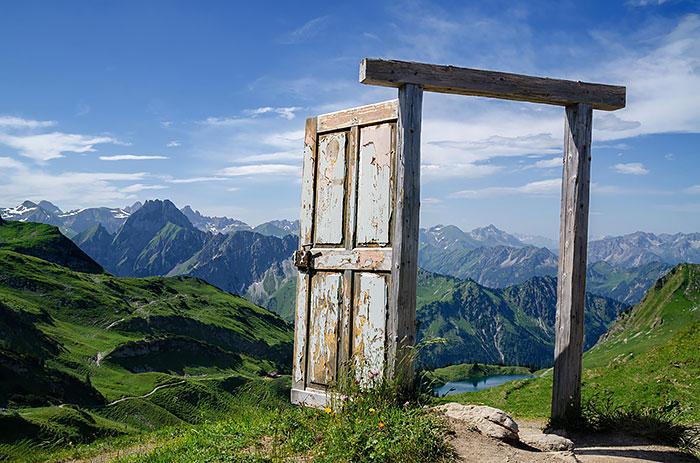 schastyu-veduschie-dveri-eto-interesno-poznavatelno-kartinki_9074686166