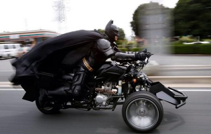 tibetmena-motocikle-prokatilsya-eto-interesno-poznavatelno-kartinki_5755466631