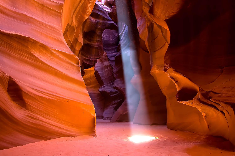 Antelope Canyon Sunbeam 4