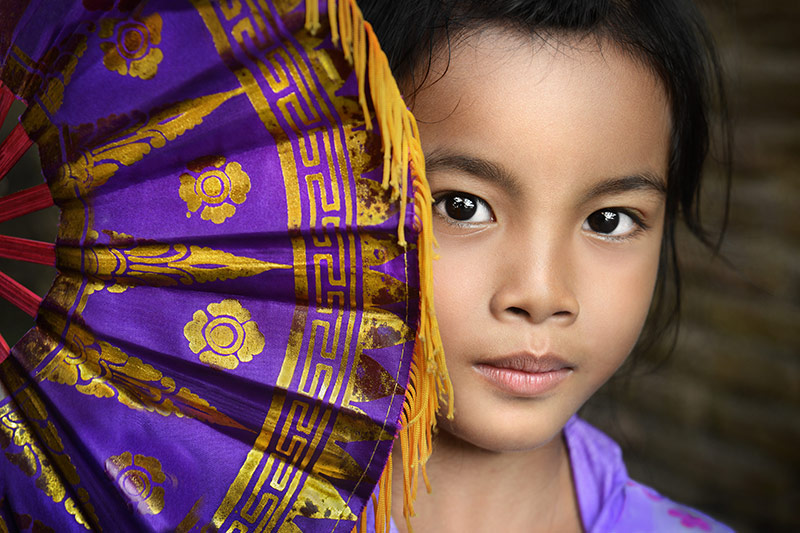 6.-David-Lazar-Balinese-Girl-with-Fan
