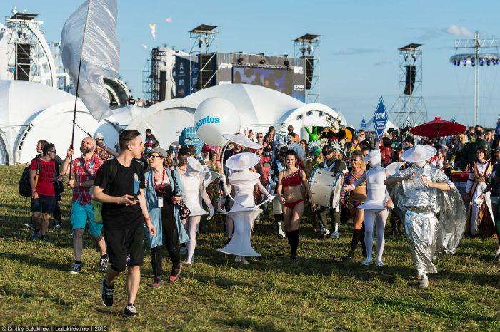 novgorode-nizhnem-festivale-krasivye-fotografii-neobychnye-fotografii_1364113079