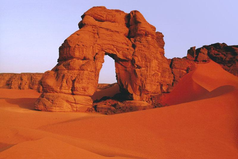 forzhaga-arch-remote-corner-libya-desert