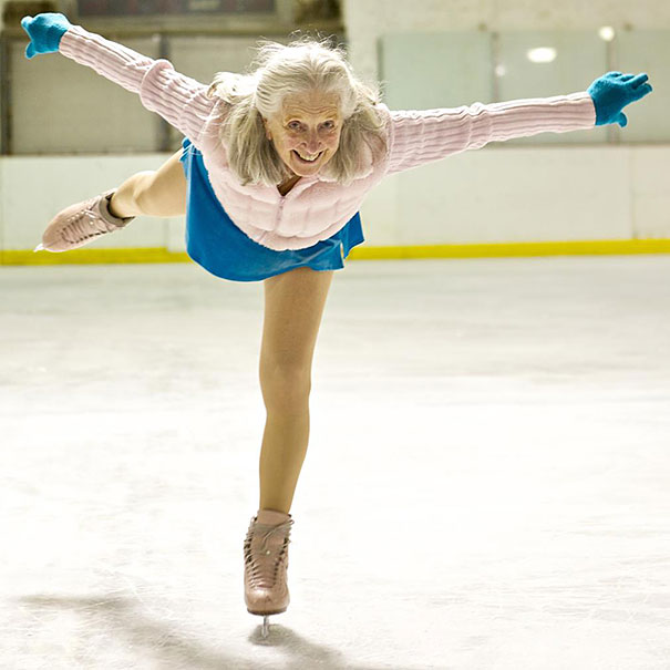 87-years-old-ice-skater-yvonne-dowlen