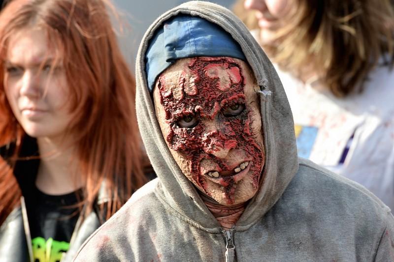 germanii-zombi-parad-eto-interesno-poznavatelno-kartinki_472779346
