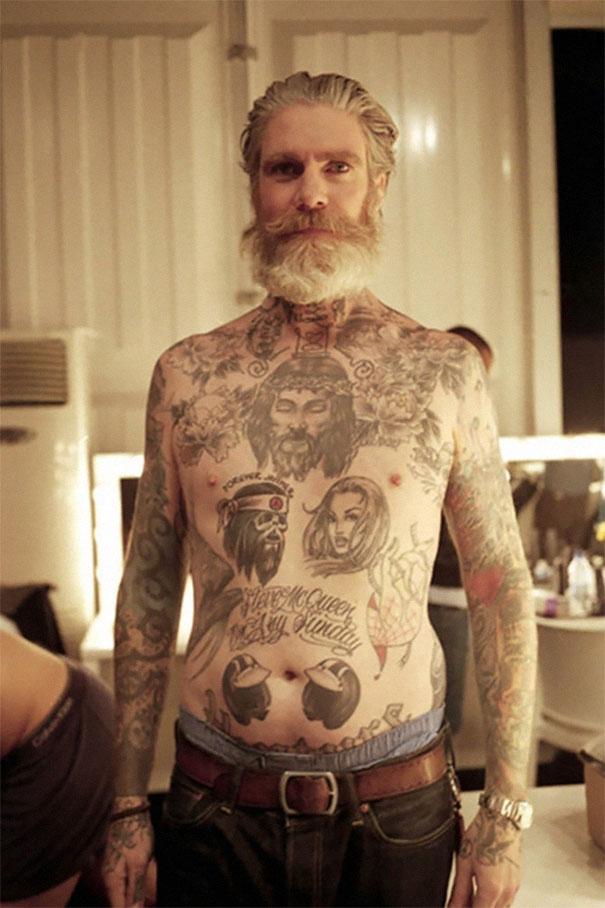 tattooed-elderly-people-11__605