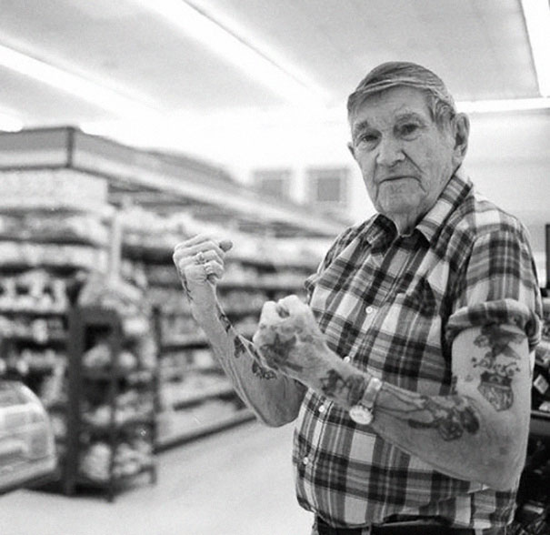 tattooed-elderly-people-19__605