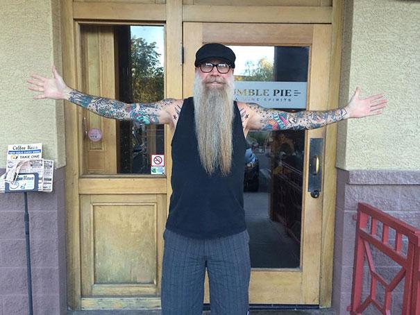 tattooed-elderly-people-27__605