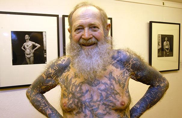 tattooed-elderly-people-31__605